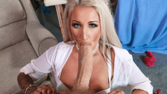 [Brazzers] Brooklyn Blue & Danny D Are You Even A Doctor 10.14.2018