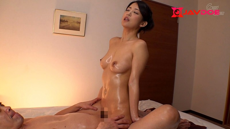 Glory Quest RVG-129-B My Dick Is In Her Raw She Was Giving Me An Oily Pussy Grind But When My Cock Was Rubbing Up Against Her Pussy It Just Slipped Right In - Part B