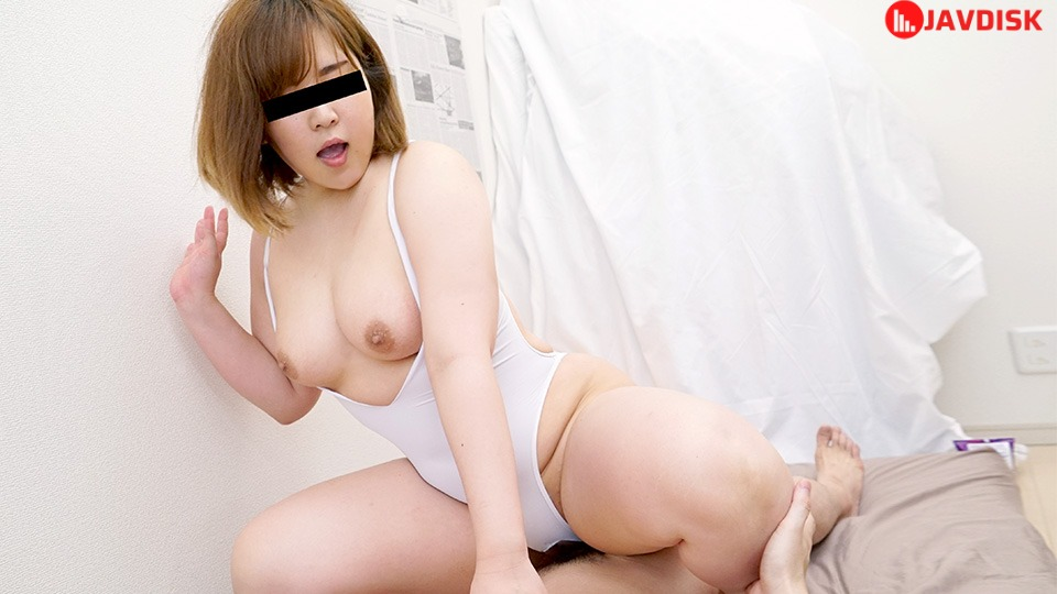 10Musume 051121_01 Tight Swimsuit On Voluptuous Girl
